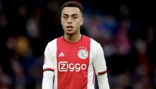 Dest en partido con Ajax