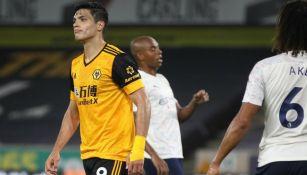 Raúl Jiménez en lamento con el Wolverhampton