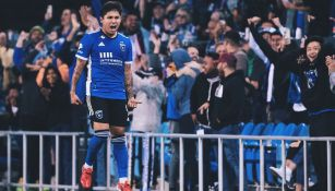Chofis Lópe festeja un gol con el Earthquakes de San José