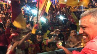 Seguidores de Morelia celebran la permanencia en Primera