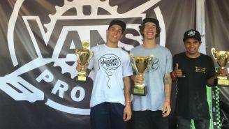 Souza, Madona y Torres posan con sus trofeos