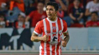 Puch celebra un gol con el Necaxa