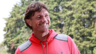 Hernán Cristante sonríe para la cámara de RÉCORD