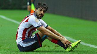 Pizarro se lamenta durante el juego contra Necaxa