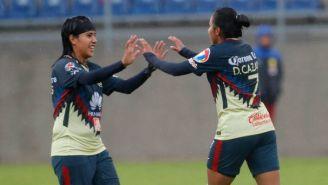 Lucero Cuevas festeja gol contra Toluca