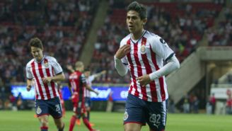 José Macías celebrando uno de sus goles frente a Xolos