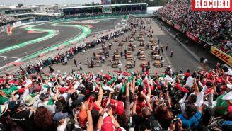 Aficionados muestran apoyo en el GP de México