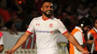 Alexis Canelo festeja gol contra Veracruz