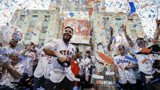 Astros festeja título de la Serie Mundial redeados de sus fans