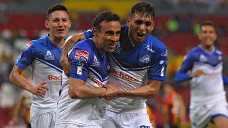 López y Toloza de Celaya en festejo de gol