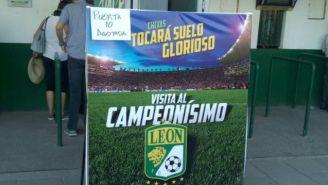 La manta que le dejó León a Chivas recordándole al Campeonísimo