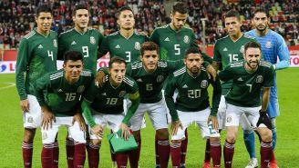 México posa en una foto previo al juego contra Polonia
