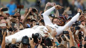 Lewis Hamilton celebra tras ganar el Gran Premio de Fórmula 1 Británico