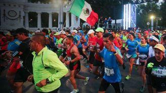 Salida de corredores durante el Maratón CDMX