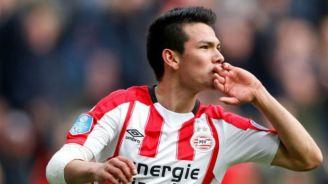 Hirving Lozano celebra un gol con el PSV