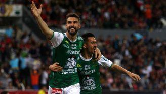 Mauro Boselli festeja su primer gol en el Clausura 2018