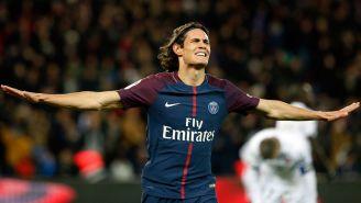 Cavani festeja el gol frente al Dijon