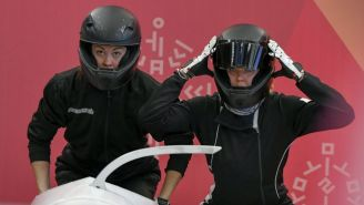 Nadezhda Sergeeva (derecha), en su participación en PyeongChang 2018