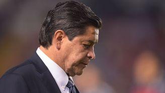 Luis Fernando Tena se lamenta tras un partido