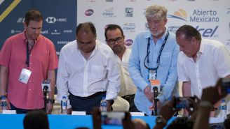 Alejandro Burillo (segundo de derecha a izquierda), en conferencia de prensa en el AMT