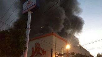 Tienda de Chedaui se incendia