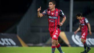 Luis Ernesto Pérez festeja gol de la victoria contra Pumas