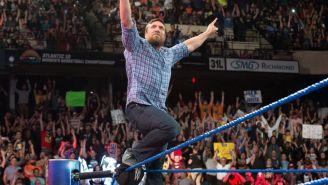 Daniel Bryan hace su entrada en SD Live