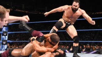 Rusev durante el combate en SmackDown live