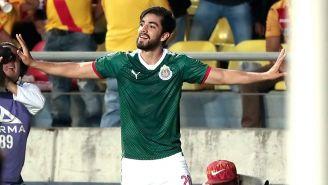 Rodolfo Pizarro celebra una anotación frente a Monarcas