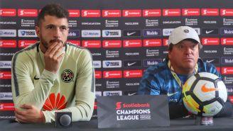 Miguel Herrera y Guido Rodríguez, en conferencia de prensa