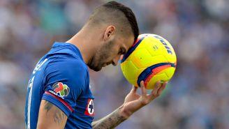 Méndez se lamenta en un juego con Cruz Azul