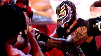 Rey Mysterio previo a una lucha en la WWE