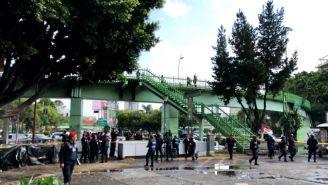 Hombre es asesinado en las escaleras de la estación División del Norte