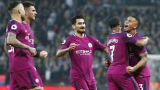 Manchester City en festejo tras anotar frente al Tottenham