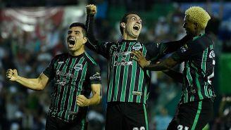 Jugadores de Tapachula festejan un gol