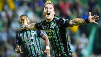 Leonardo Ramos celebra un gol en la Final de Ida