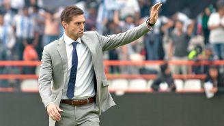 Diego Alonso se despide de los aficionados del Pachuca