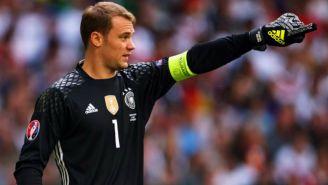 Neuer protege la portería de Alemania