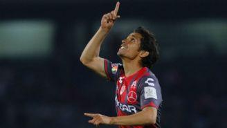 Matías Fernández festeja un gol en la Copa MX