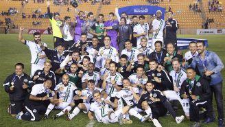 Jugadores de Tapachula celebran el título de la Temporada de Ascenso