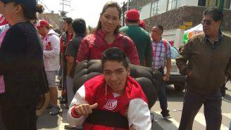 Roberto Cendejas apoyando al Toluca en todo momento