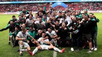 Santos celebra tras vencer a Toluca