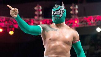 Sin Cara durante función de WWE
