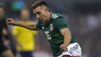 Héctor Herrera, en partido de la Selección Mexicana