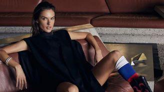 Alessandra Ambrosio posa durante una sesión de fotos