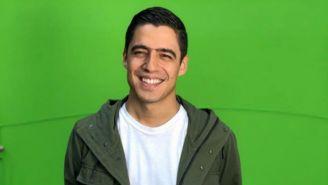 Andrés Vaca sonríe para una fotografía