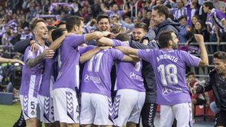 Jugadores del Real Valladolid, en pleno festejo