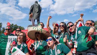 Aficionados mexicanos celebran victoria contra Alemania