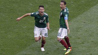 Lozano celebra su anotación contra Alemania