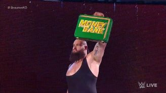 Braun Strowman presume el maletín de Money in the Bank